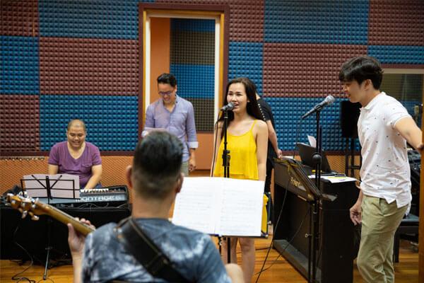 Liveshow kỉ niệm 12 năm ca hát của Võ Hạ Trâm - This is Me