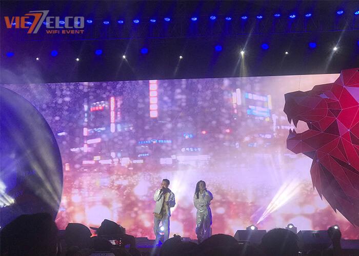 Sự có mặt của 2 ca sĩ đình đám Phương Ly và JustaTee đã tạo nên buổi sự kiện đầy hấp dẫn với những màn remix cực đỉnh